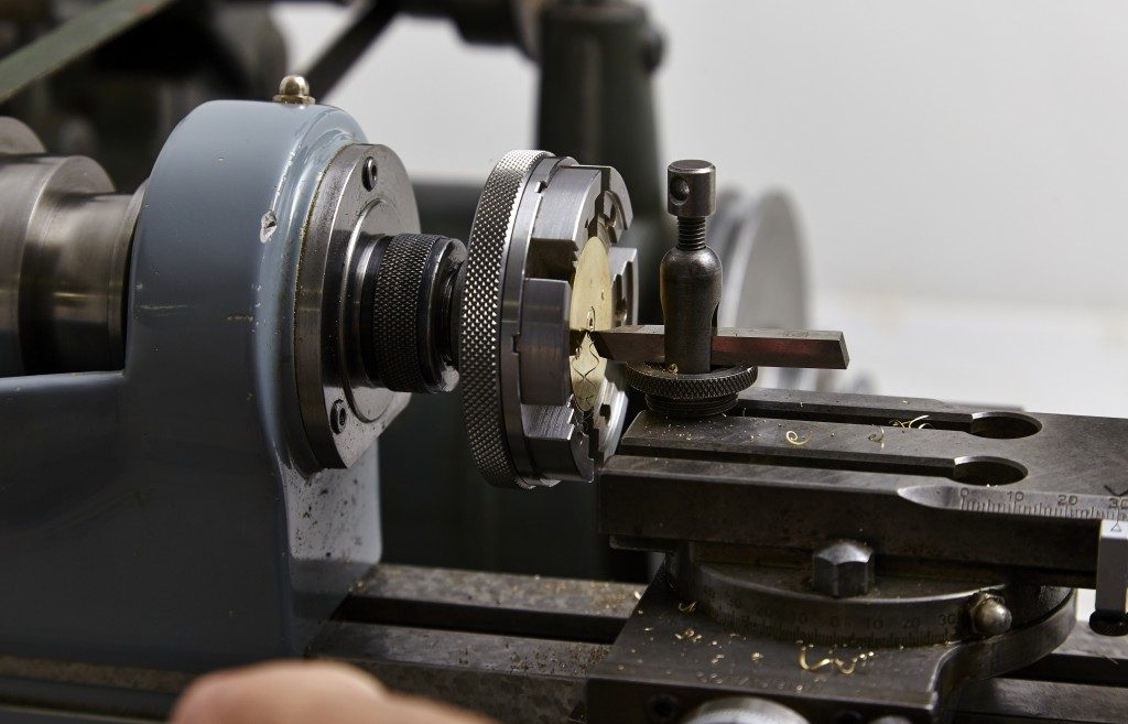 English watchmaking and watch manufacturing advice from watch consultant UK
